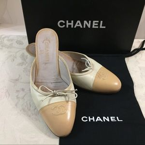 🆕 Chanel CC Two Tones Mules